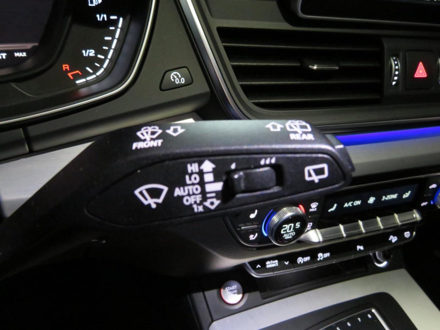 Audi-SQ5-57