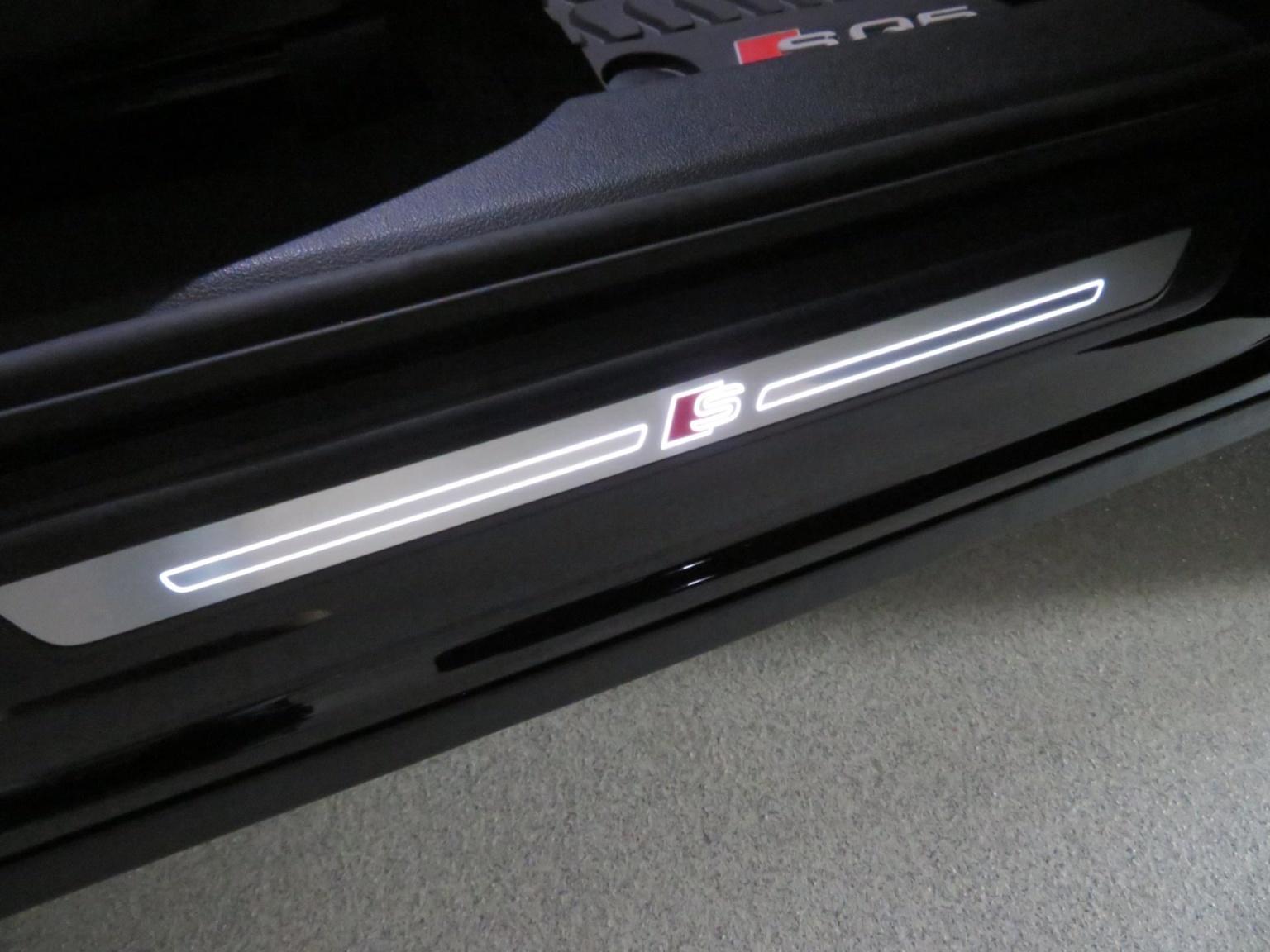 Audi-SQ5-46