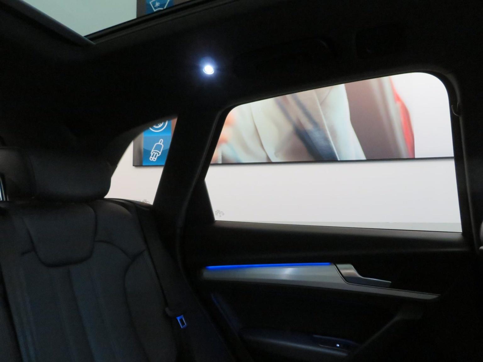 Audi-SQ5-38