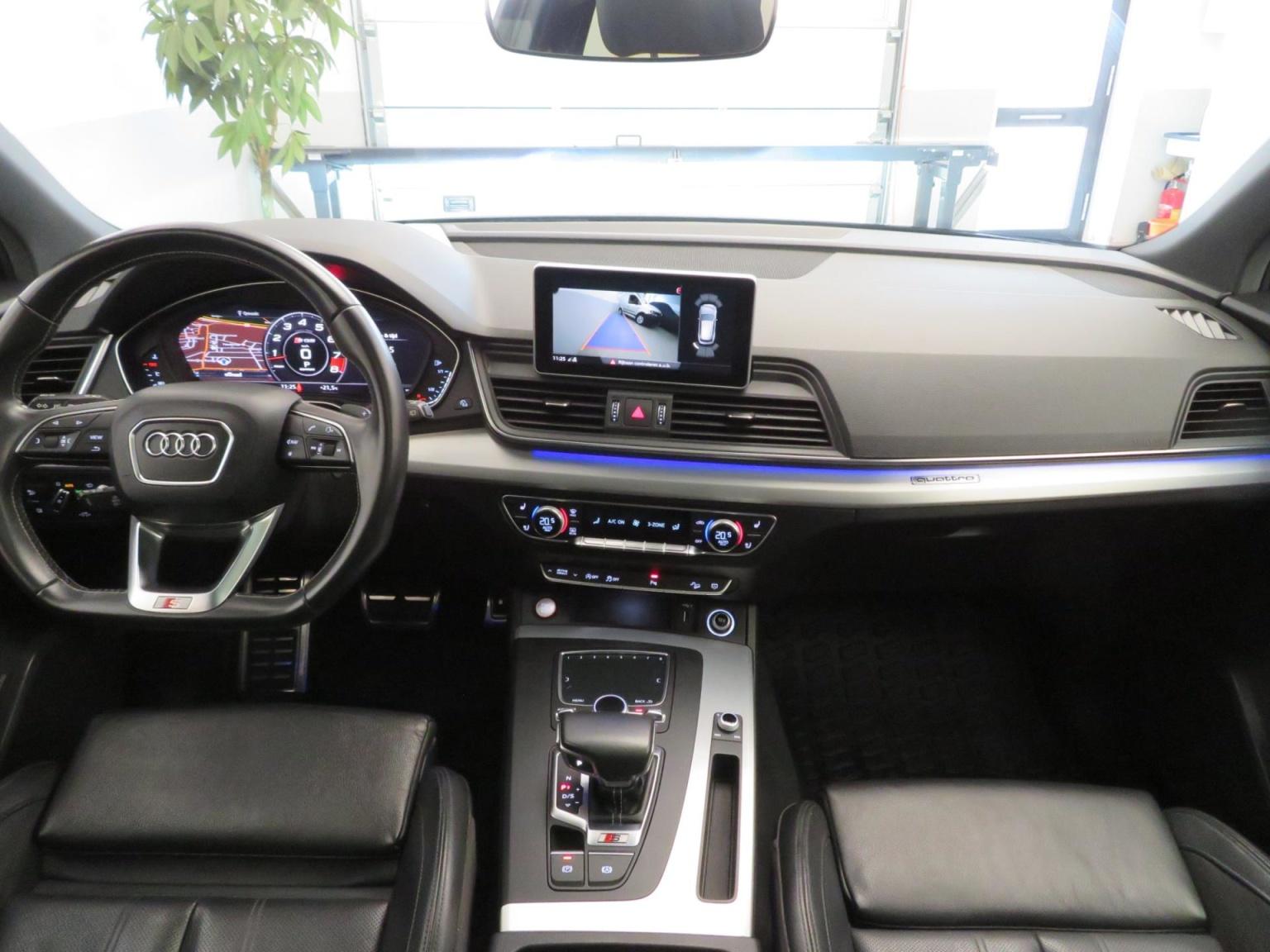Audi-SQ5-13