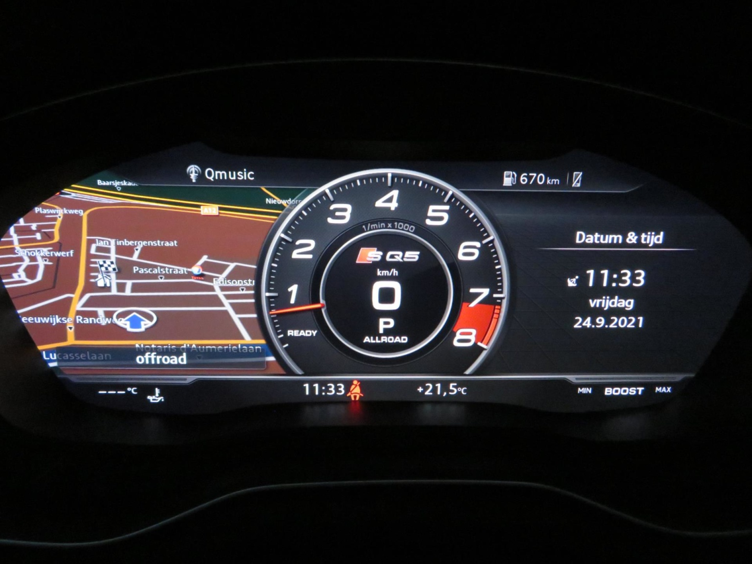 Audi-SQ5-18