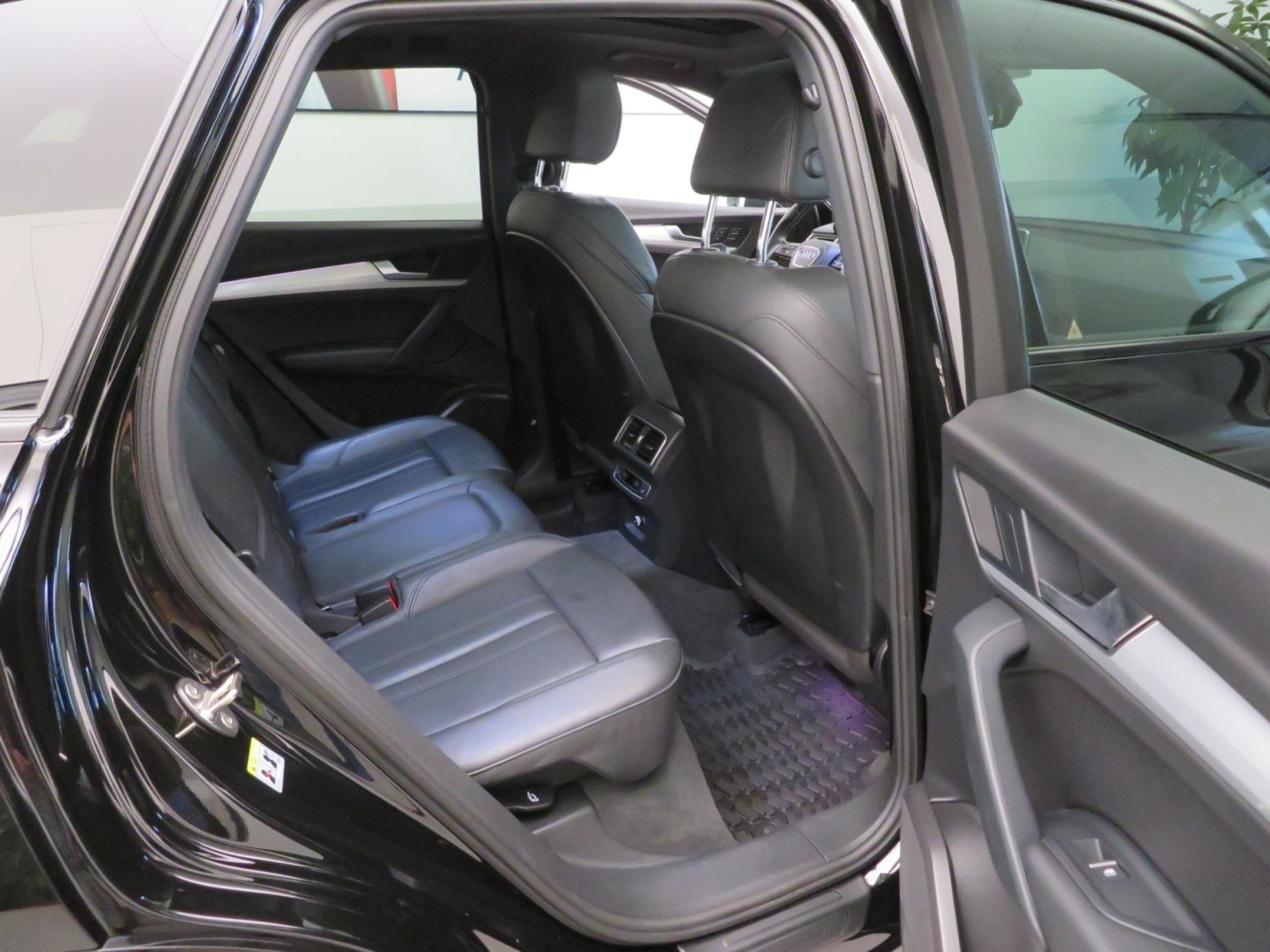 Audi-SQ5-36