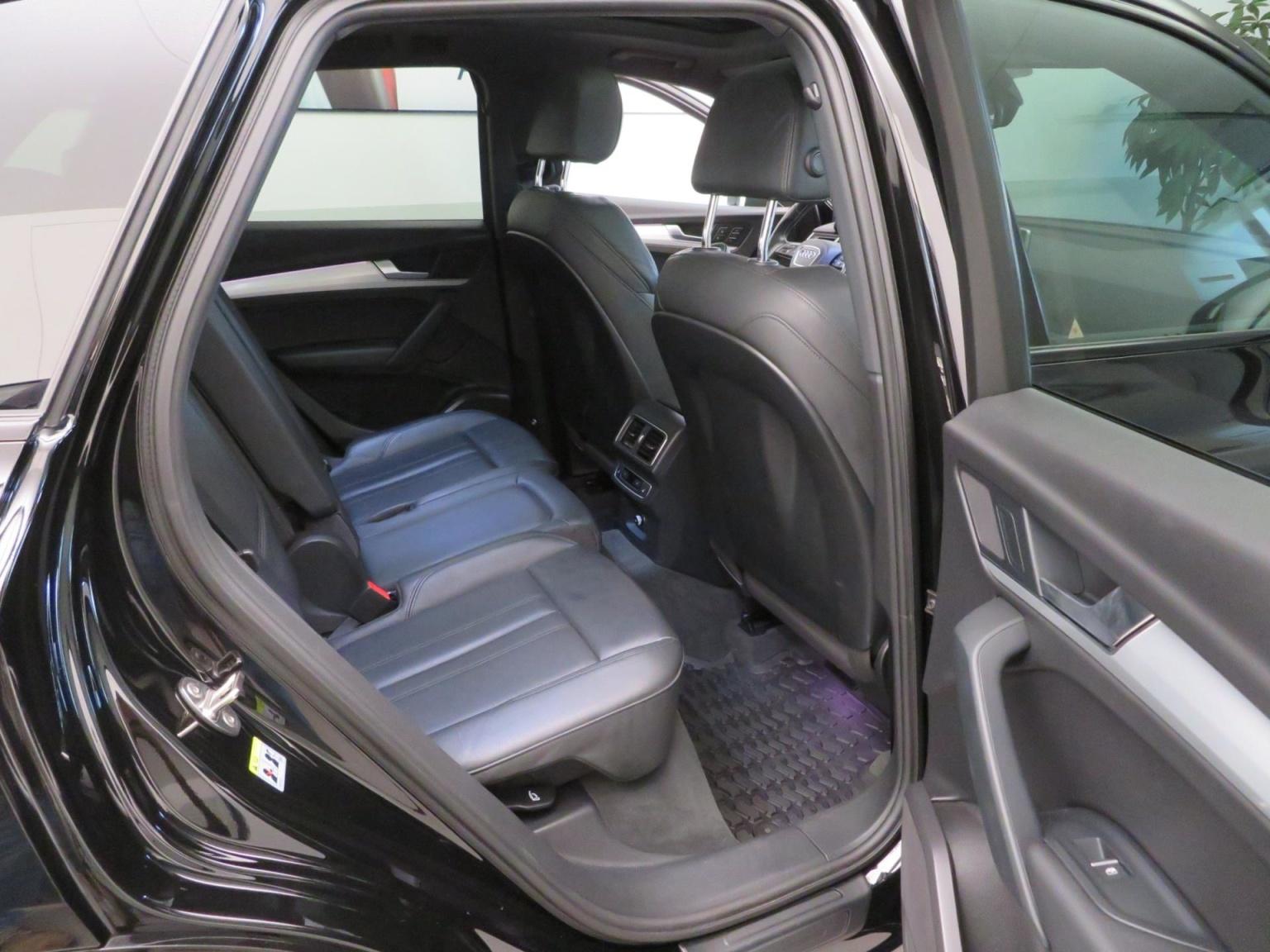 Audi-SQ5-35