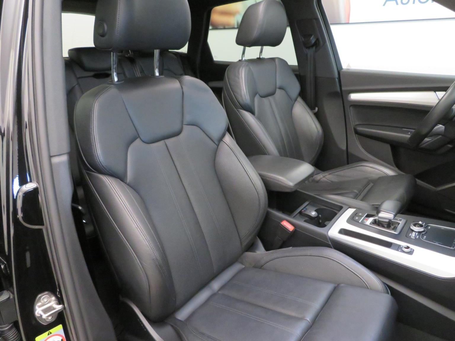 Audi-SQ5-25